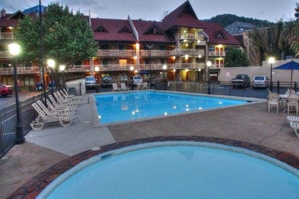 Crossroads Inn & Suites in Gatlinburg, TN