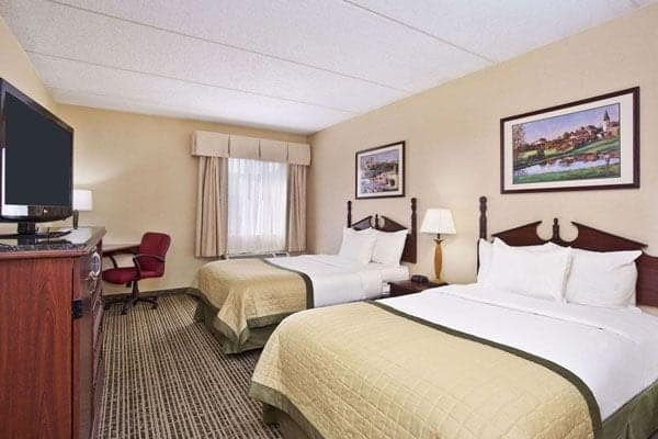 Baymont Inn & Suites in Knoxville, TN